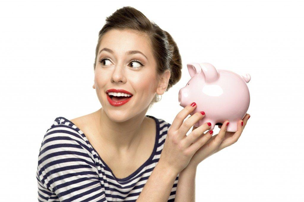 Energie-sparen-8-Tipps-für-energieeffizientes-Fernsehen-so-sparen-Sie-in-Ihrem-Heimkino-Energie-und-finanzieren-sich-damit-Ihr-neues-Wunschgerät-1024x682