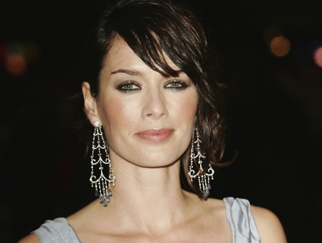 "LONDON - MARCH 15: Actress Lena Headey arrives at the UK Premiere of ""300"" at Vue West End, Leicester Square on March 15, 2007 in London, England. Based on the work of graphic novelist Frank Miller, creator of ""Sin City"", ""300"" relates to the 480 B.C. Battle of Thermopylae. (Photo by MJ Kim/Getty Images)"