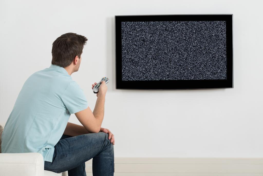Was du bei einer Bildstörung im Satelliten-TV tun kannst
